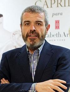 Lorenzo Caprile. Diseño de vestuario